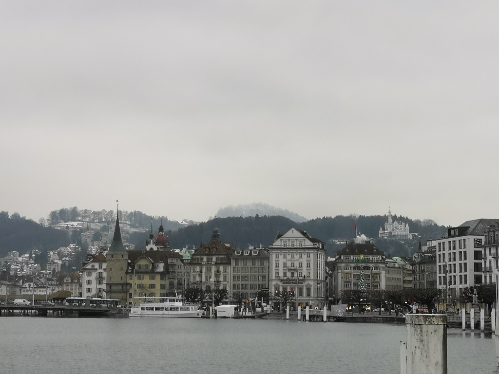 Vue quai de Lucerne