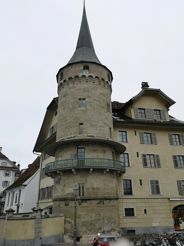 Tour médiévale centre le Lucerne