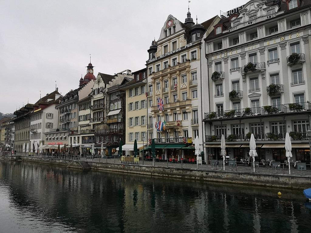Vue depuis le pont de Lucerne 1